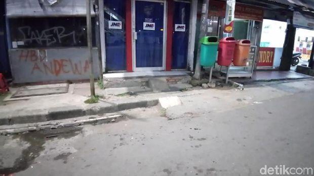 Aksi Brutal SOTR: Vandalisme hingga Penyiraman Air Keras