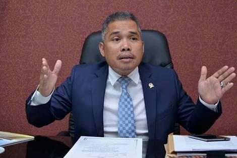 Rupiah Melemah, Komisi XI DPR: Akibat Gagalnya Neraca Perdagangan Dalam Negeri