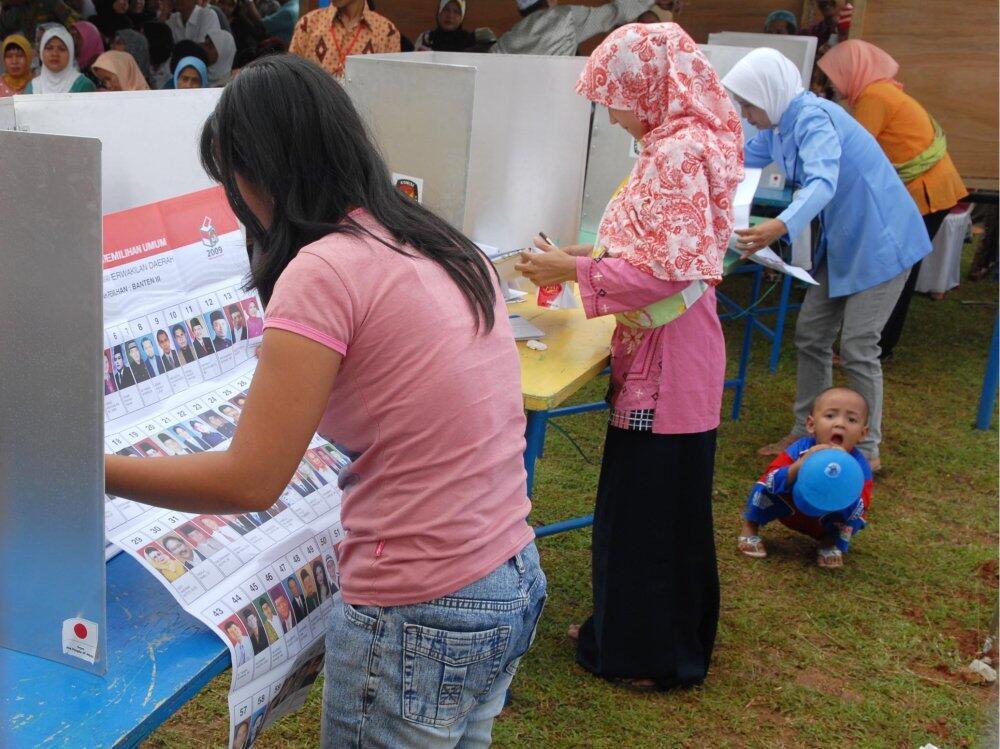 Perbandingan Partisipasi Politik Aceh dan Rwanda dalam Konteks Pembangunan Politik