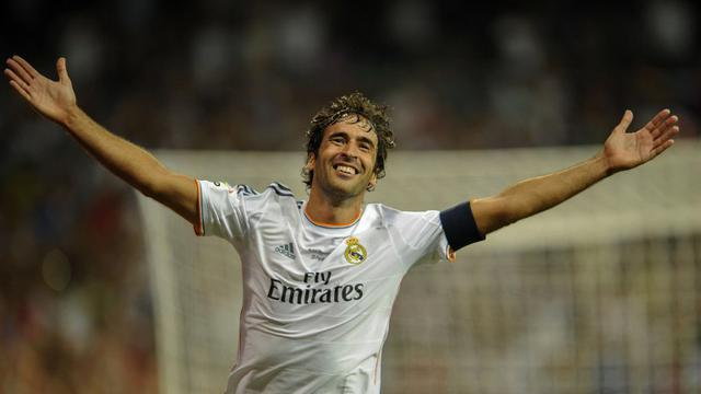 Real Madrid Bidik Raul Gonzalez Gantikan Zidane