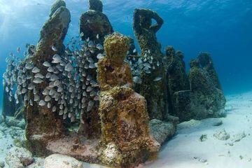 Museum Bawah Laut Pertama