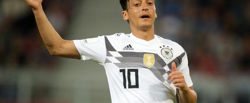 Laga Austria Vs Jerman Tak Jadi Awal yang Baik Bagi Manuel Neuer