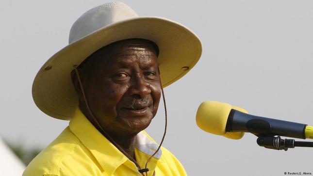 Uganda Akhirnya Resmi Berlakukan Pajak Bagi Netizen Yang Mengakses Media Sosial