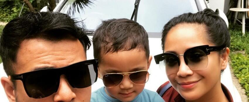Makin Kompak, 10 Selfie Raffi, Gigi, Rafathar yang Bikin Super Gemas