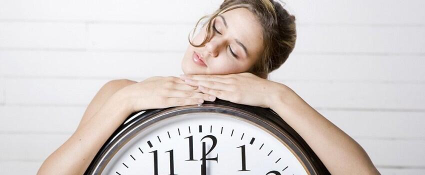 Pasangan yang Berbeda Jam Tidurnya Akan Mengalami Hubungan Bermasalah