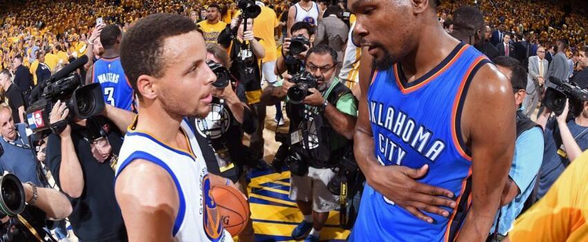 Rekor Baru Curry, Bawa Kemenangan Bagi Golden State Warriors