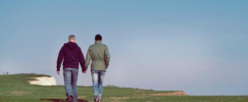 Pengadilan Uni Eropa Kabulkan Hak Pasangan Gay untuk Tinggal Bersama