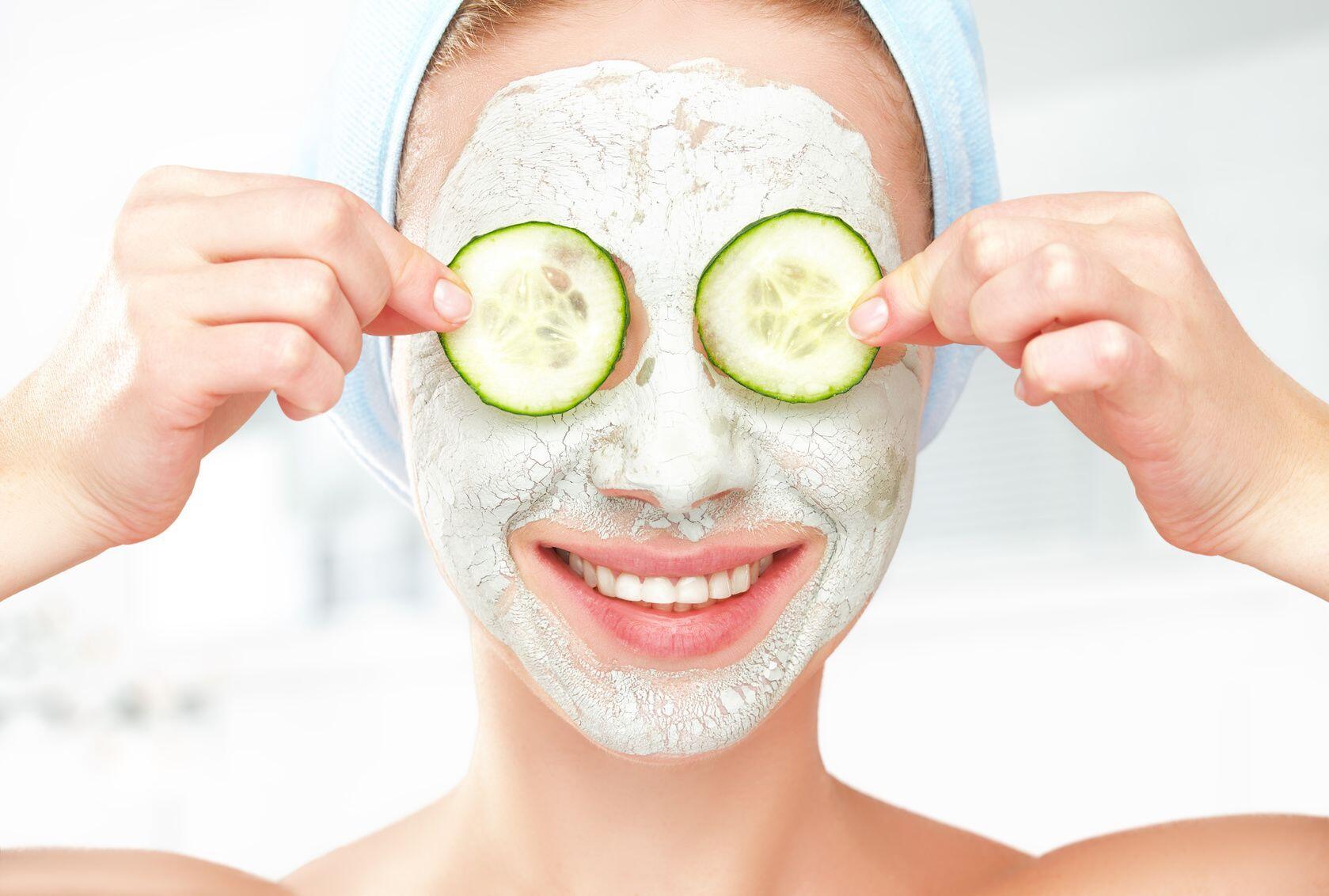 Simpel, 7 Masker Ini Bisa Dibuat Sendiri dan Efektif Melembutkan Wajah