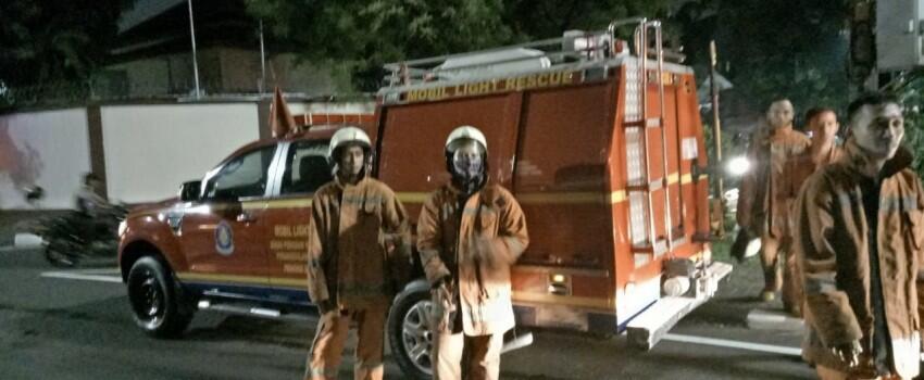 Kebakaran di Gedung Annex, 20 Mobil Pemadam Dikerahkan