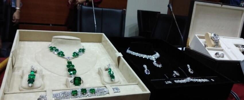Hadiah Mahal Para Pejabat yang Dilaporkan ke KPK: Keris hingga Berlian