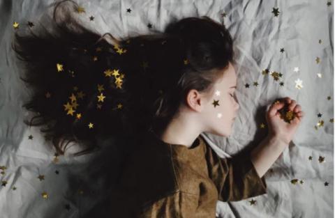 Ingin Tidur Lelap Dan Bisa Mimpi Indah? Cobain Nih 4 Makanan Ini