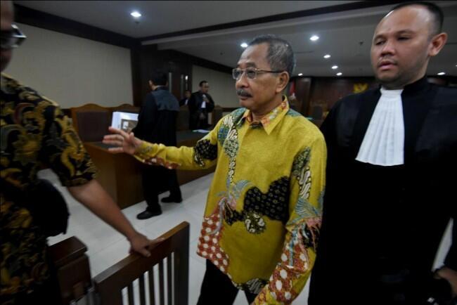 Eks Ketua Pengadilan Tinggi Manado Divonis 6 Tahun Bui