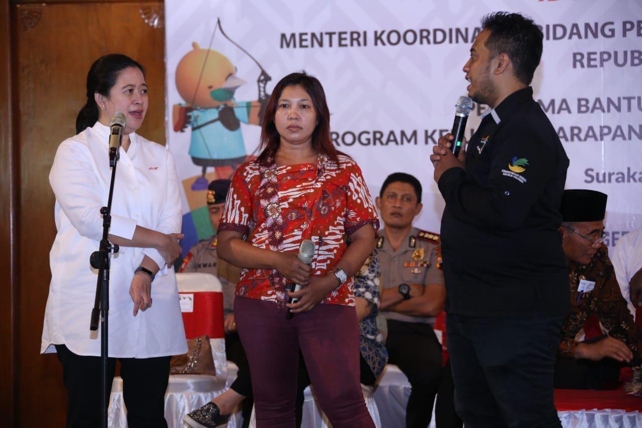 Menko PMK Berikan Bantuan Bansos 1.000 Warga Jawa Tengah