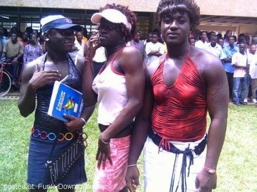 Foto Waria Di Afrika Ini Viral !!