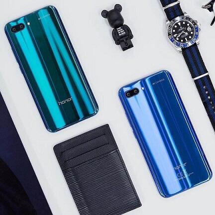 Desain Stylish Membuat Honor 10 Bukan Hanya Sekedar Smartphone Biasa