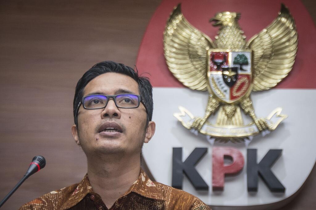 KPK Cecar Bupati Bengkalis soal Duit Rp1,9 Miliar