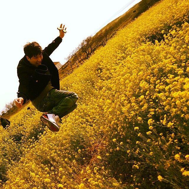 Punya Tubuh Berisi? 10 Style Buat Traveling ala Shindong Bisa Ditiru
