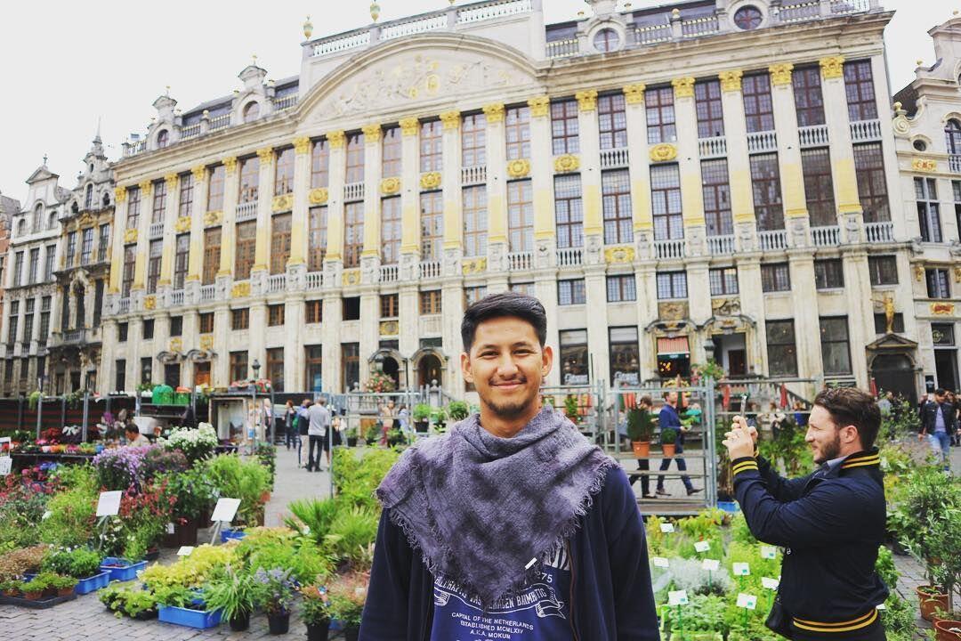 10 Gaya Simpel Randi Bachtiar, Pria Penakluk Hati Tasya Kamila
