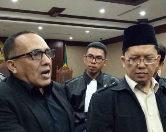 Hina Jokowi dan Ahok, Alfian Tanjung Divonis 2 Tahun Penjara
