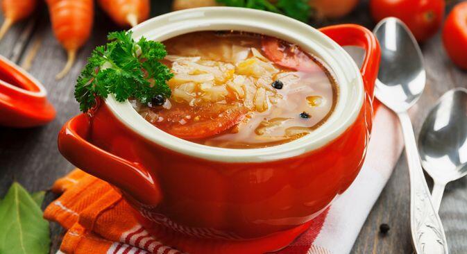 Sehat & Menyegarkan, Bikin Sup Schi Khas Rusia Ini Yuk!