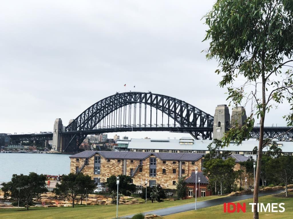 Merasakan Sensasi Menuju Puncak Sydney Harbour Bridge, Keren Banget!
