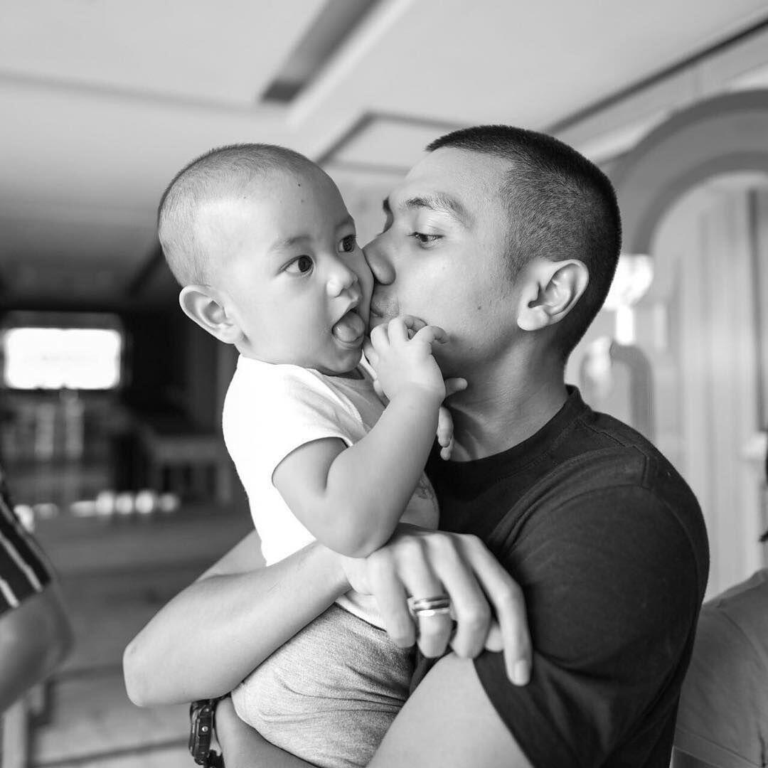 7 Tahun Menikah, Ini 10 Potret Bahagianya Keluarga Rayi RAN