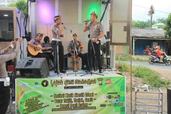Festival Acoustic Religi