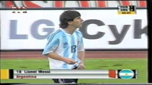 Banyak Yang Tak Percaya??padahal Ini 5 Kelakuan Lionel Messi Di Lapangan!!