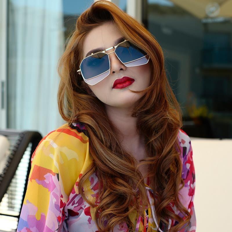 10 Seleb Ini Ganti Warna Rambutnya, Makin Kece Hingga Bikin Pangling