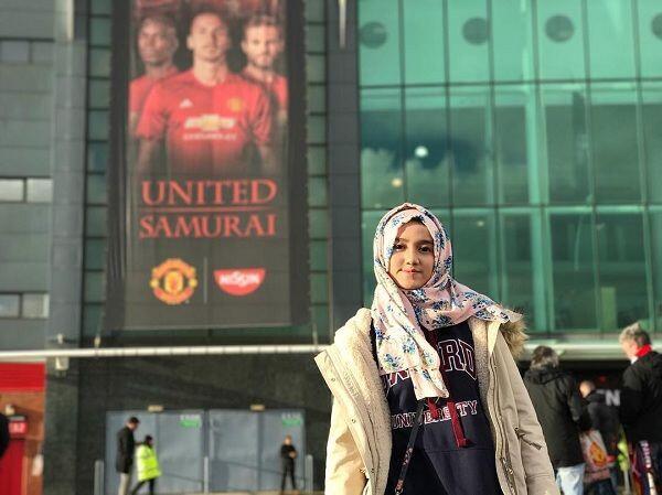 10 Inspirasi Hijab Wirda Mansur Cocok untuk Remaja yang Baru Berhijab
