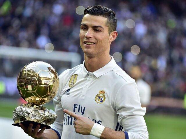Alasan Ronaldo Tak Punya Tattoo Di Tubuhnya Bikin Terharu