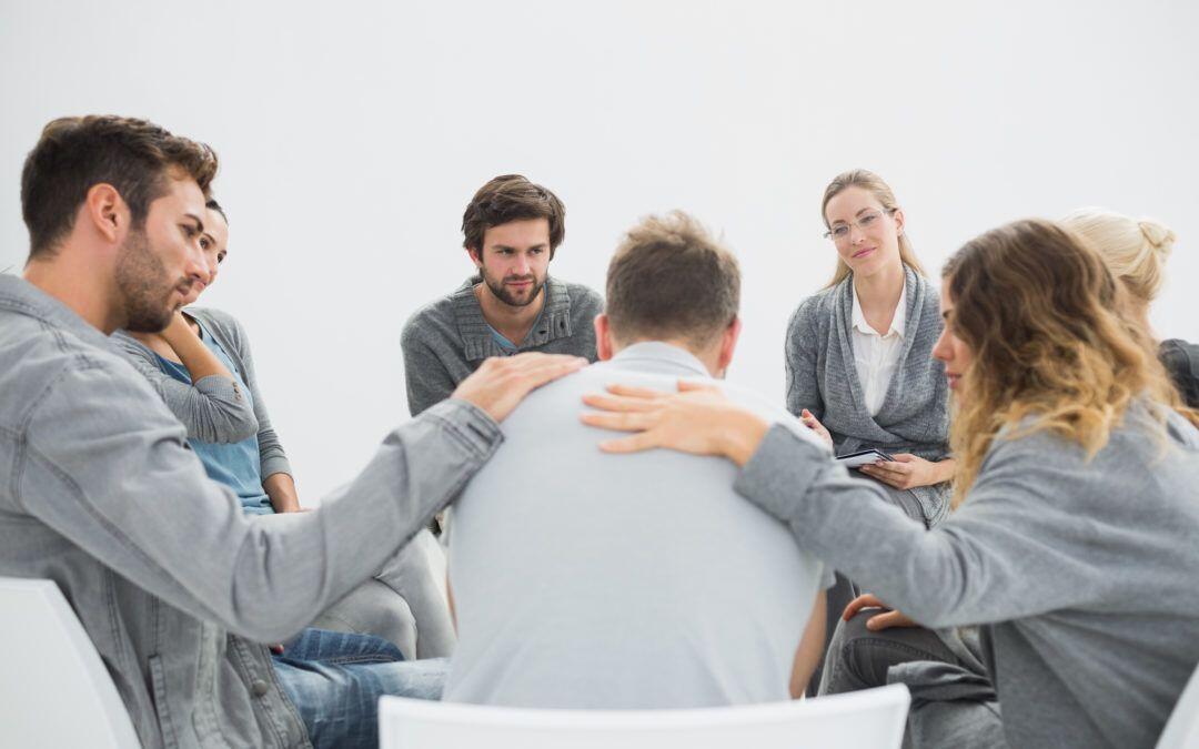 7 Alasan Kamu Tak Perlu Malu untuk Cerita Soal Depresimu