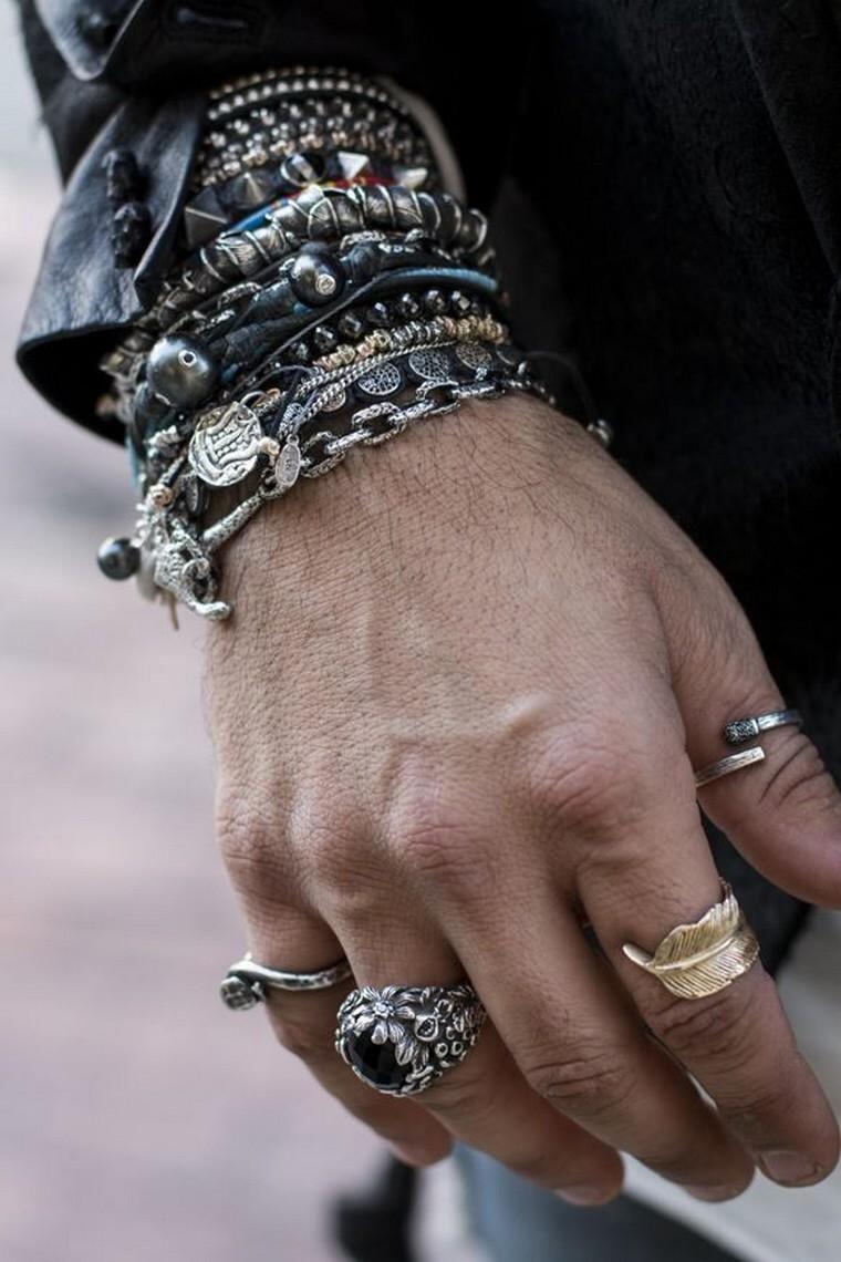 Cowok Harus Tahu Kalau Cewek Benci 10 Item Fashion Ini
