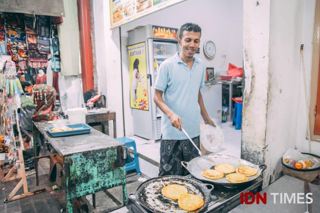 Ziarah hingga Belanja, Cara Millennials Isi Ramadan di Ampel