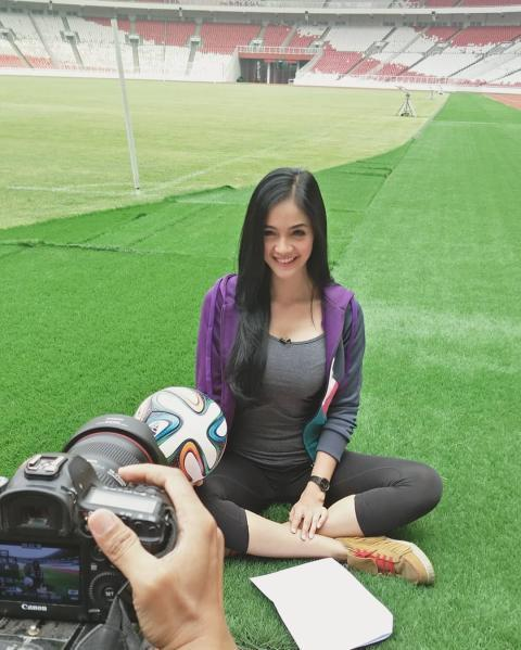 5 Presenter Olahraga Paling Aduhai Di Mata Lelaki,mana Favorit Agan?