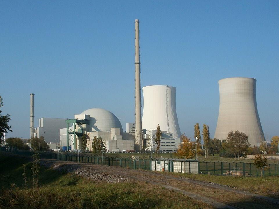 Cina dan Rusia Sepakat Menandatangani Kerja Sama Nuklir Generasi Baru