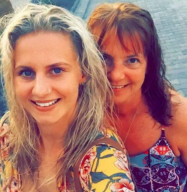 Cegah Kanker, Cewek 24 Tahun Putuskan Angkat Kedua Payudaranya