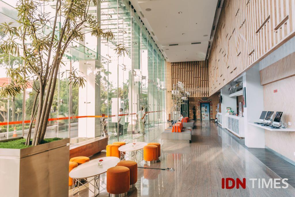 25 Potret Kece Hotel Harris Surabaya, Rekomendasi Halal Bihalal Seru