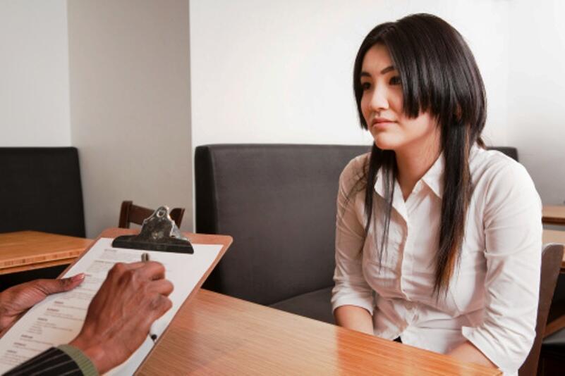 10 pertanyaan yang akan menhampirimu ketika tes interview,nomor 8 bikin keringetan!