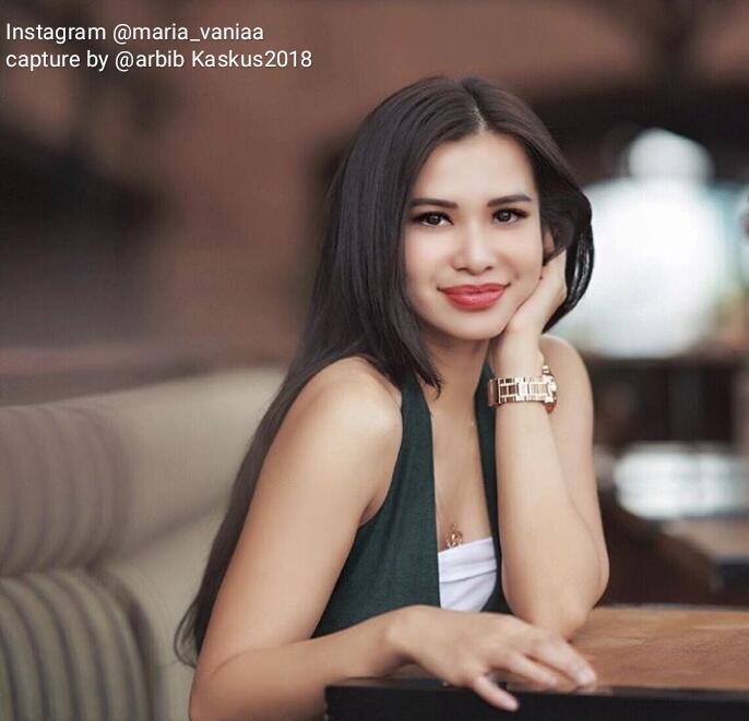 Link Video + Foto Cantik Dari Maria Vania, Host Seksi Kuis Piala Dunia 2018