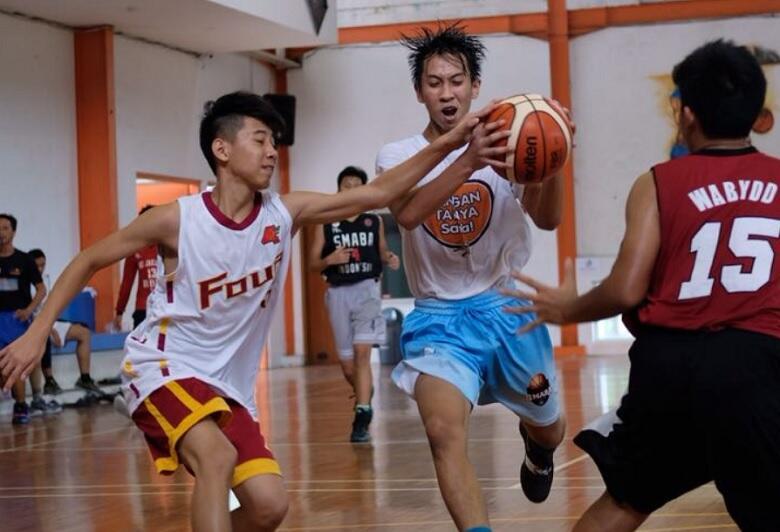 Jelang Kejuaraan Dunia Basket, Tim Basket Putra Kharisma Bangsa Gelar Training Camp