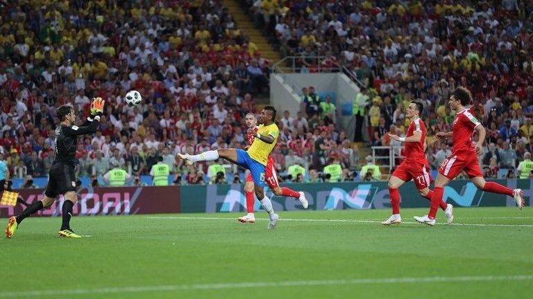 Paulinho Ubah Skor Brasil 0-1 di Babak Pertama