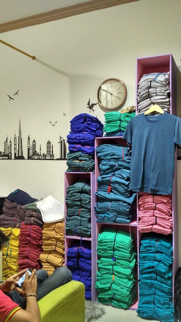 (Clearance Sale!) Baju Kaos Polos Cotton Bamboo / Katun Bambu dan Poloshirt Cotton Pi