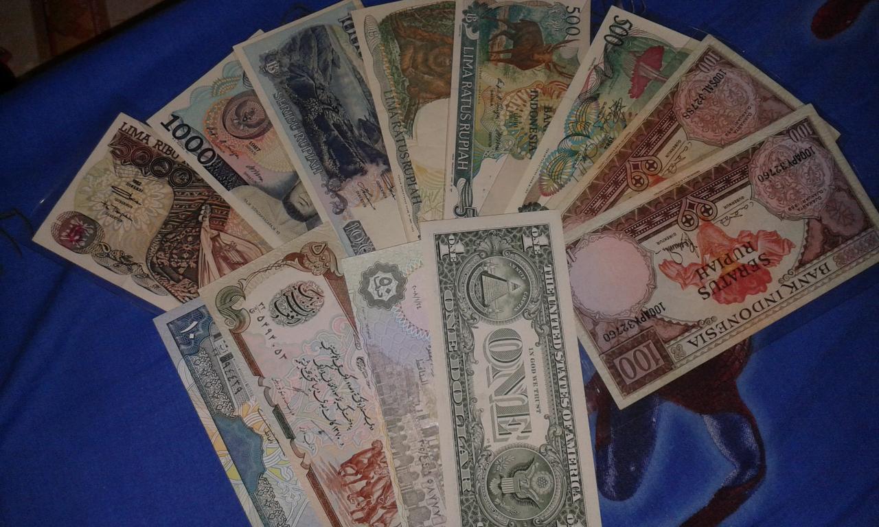 Aku dan Koleksi Uang Lama