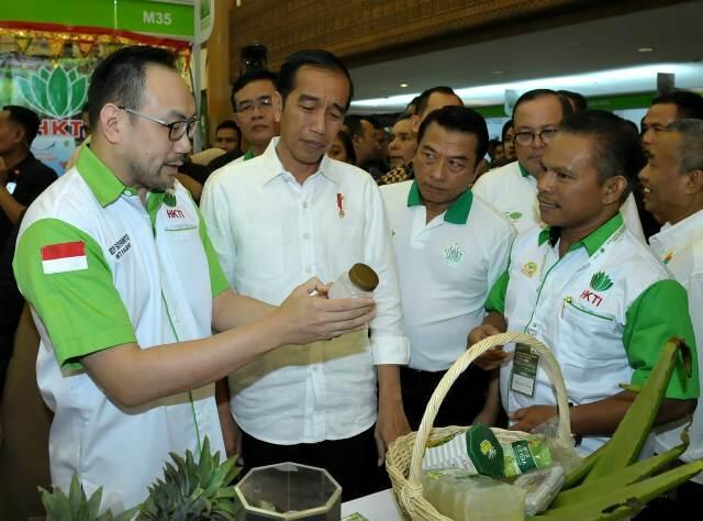 Jokowi Sambangi Pameran Pertanian di JCC
