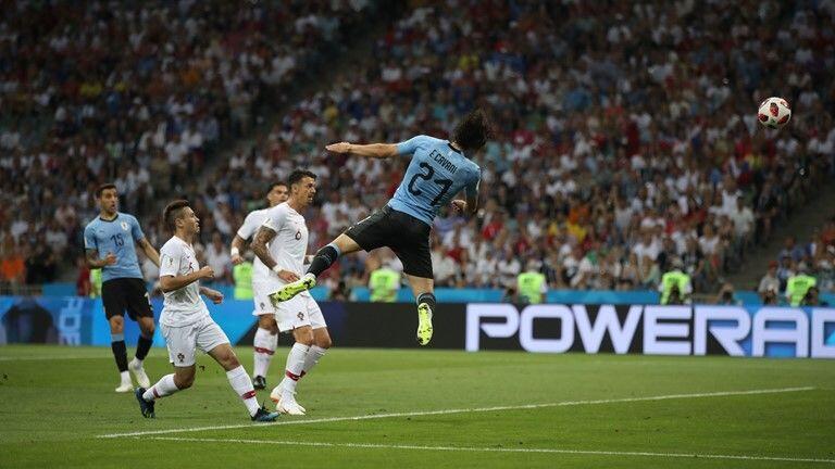 Tandukan Cavani Jadi Gol Pembuka, Uruguay Unggul Sementara 1-0
