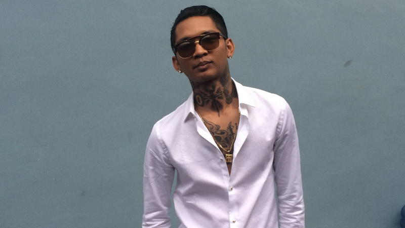 [HOT] 2 SELEBRITIS PALING HOT DI INDONESIA JIKA DI ADU MENANG SIAPA YA?