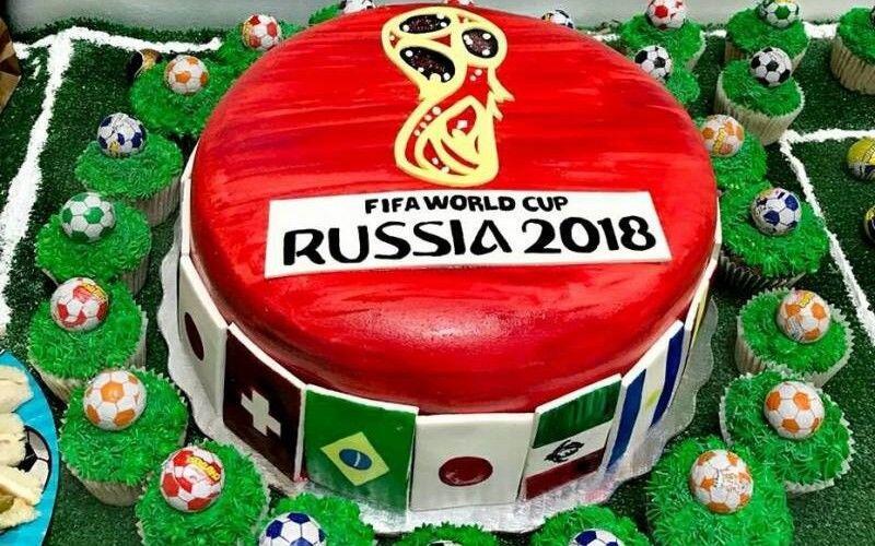 Kreasi 7 World Cup Cake Unik, Gak Tega Deh Motongnya!