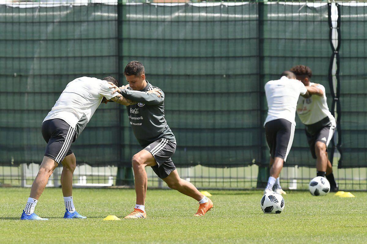 Neymar dan Coutinho Akan Beri Kejutan Bagi Pertahanan Meksiko