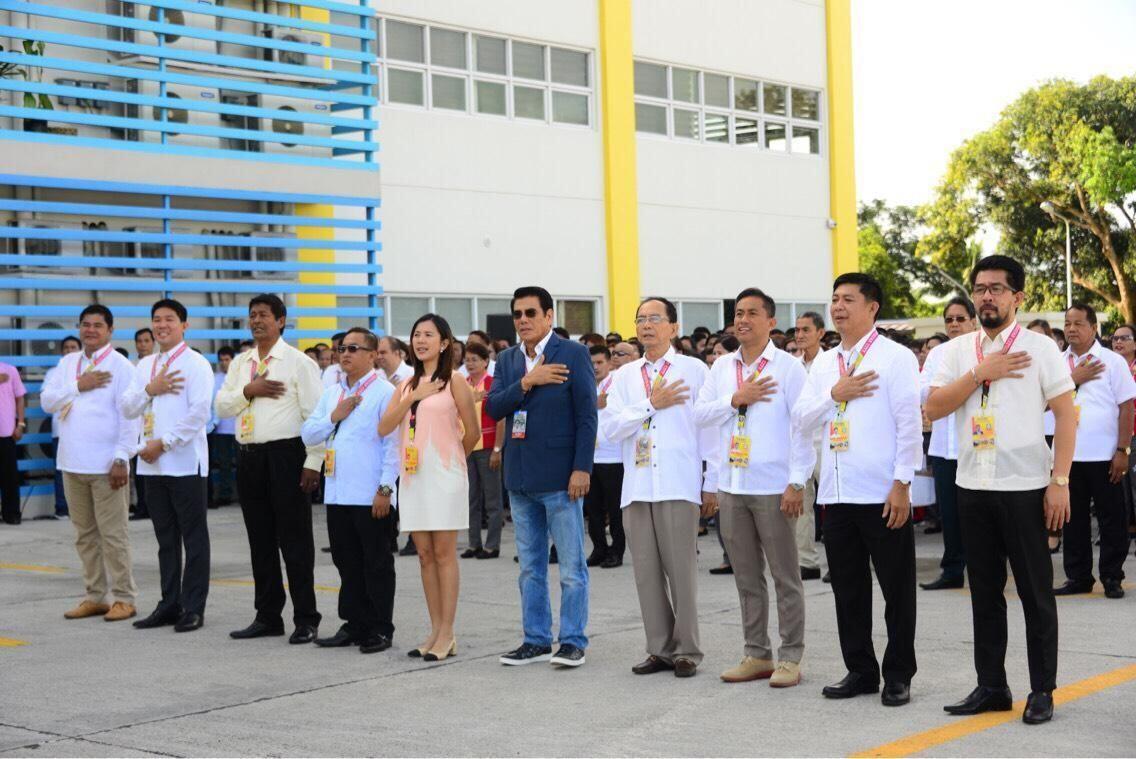 Sadis! Wali Kota di Filipina Ditembak Mati Sniper saat Upacara Bendera